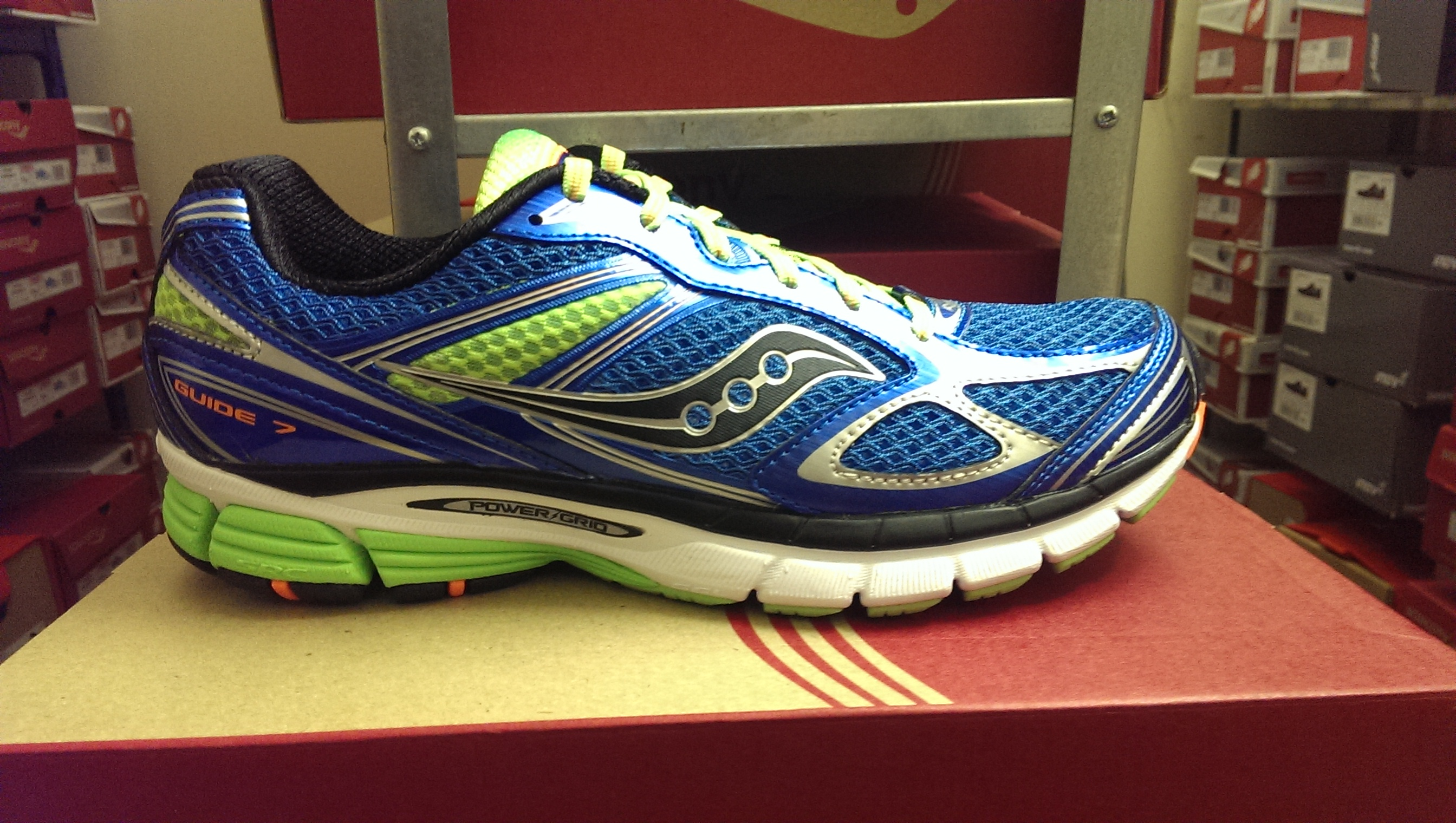 The Running Shoe Review :: Saucony PowerGrid Guide 7